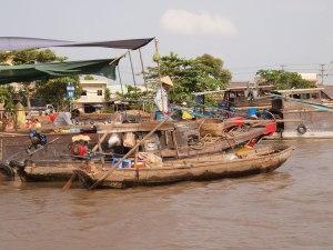 Vietnam,-Schwimmender-Markt